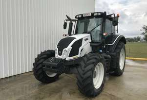 Valtra    N123 FWA/4WD Tractor