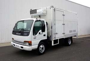 2002 Isuzu NPR300 Refrigerated Pantech