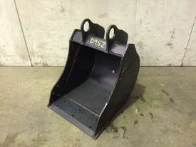 UNUSED 350MM BUCKET WITH BLANK HOOKUPS SUIT 1-2T EXCAVATOR D952 - picture0' - Click to enlarge