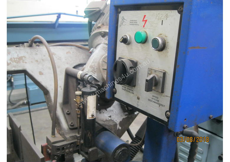 Waytrain WE350DS Taiwanese Double Mitre Bandsaw