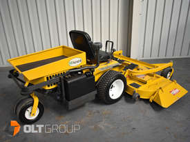 Second Hand Walker Mower 26hp Petrol 62 Inch Side Discharge Deck - picture4' - Click to enlarge