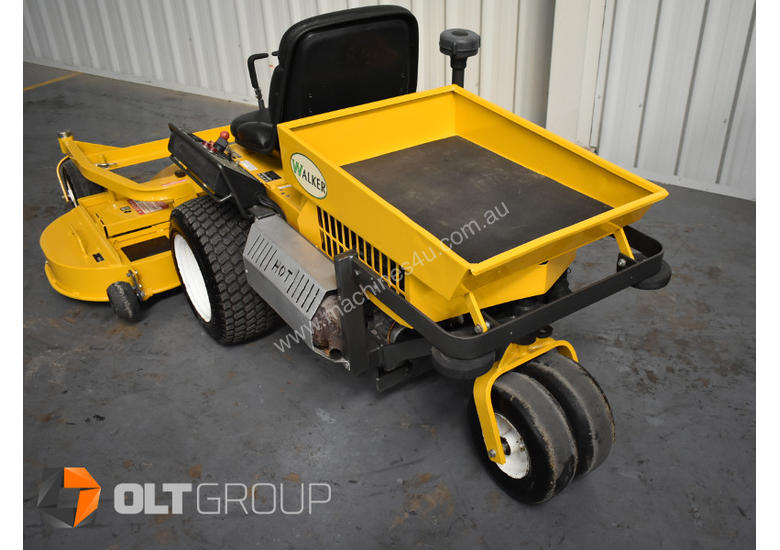 Second Hand Walker Mower 26hp Petrol 62 Inch Side Discharge Deck