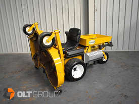 Second Hand Walker Mower 26hp Petrol 62 Inch Side Discharge Deck - picture13' - Click to enlarge