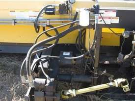 2008 Honey Bee SP42 Header Front - picture3' - Click to enlarge