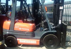 Toyota Forklift 6FG25 4.3m Lift 2.5 Ton Container Mast 7000 Hrs