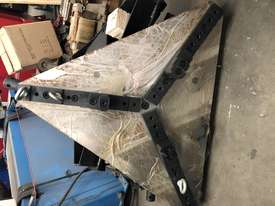 HK02 Chuck / Pipe Clamp suit 50-1150mm - picture2' - Click to enlarge