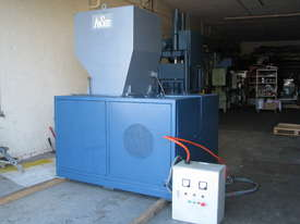 Industrial Heavy Duty Plastic Granulator 50HP - picture1' - Click to enlarge