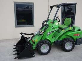 Avant 423 Wheel Loader W/ 4 in 1 Bucket - picture7' - Click to enlarge