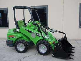 Avant 423 Wheel Loader W/ 4 in 1 Bucket - picture11' - Click to enlarge