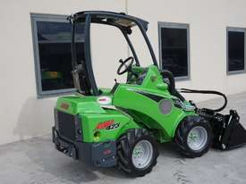 Avant 423 Wheel Loader W/ 4 in 1 Bucket - picture13' - Click to enlarge