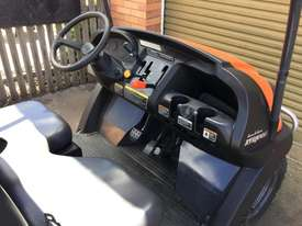 Kubota RTV400 FWA/4WD Tractor - picture4' - Click to enlarge