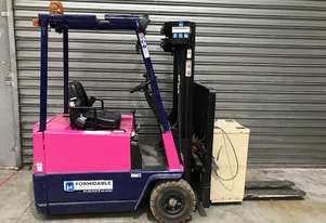 Yale ERP015 Electric Counterbalance Forklift