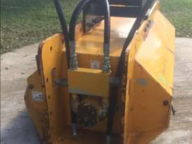 Excavator operated Tree Mulcher - picture4' - Click to enlarge