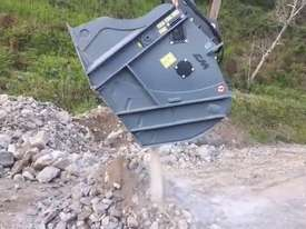 CM Crushing Italian made Crusher Bucket - picture2' - Click to enlarge