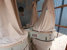 4 Bag Dust Collector - picture1' - Click to enlarge