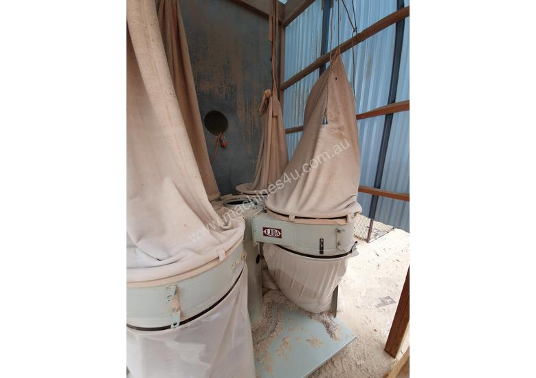 4 Bag Dust Collector