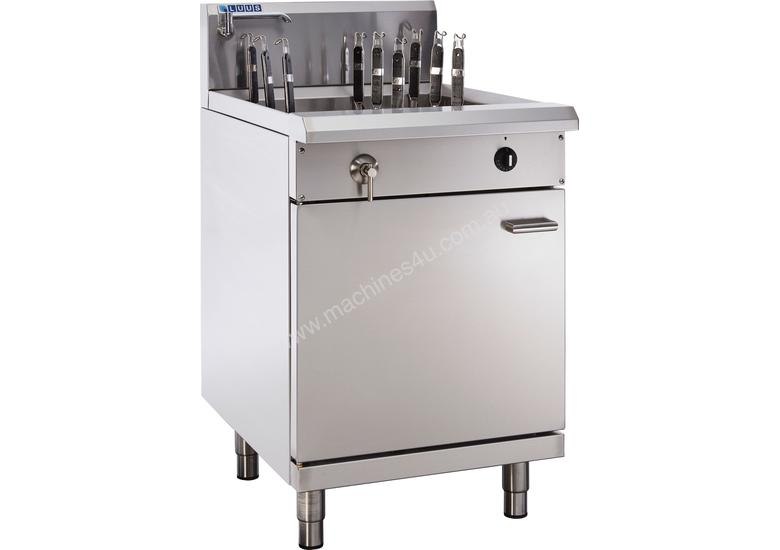 9 Basket Noodle Cooker with thermostat control, drain and overflow system