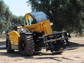 Hire a Quality new Telehandler with a 3000 kg Lift Capacity - picture1' - Click to enlarge