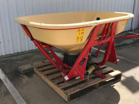 Vicon PS754 Fertilizer/Manure Spreader Fertilizer/Slurry Equip - picture1' - Click to enlarge