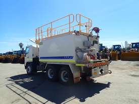 2010 HINO 500 SERIES 2627 FM1J 6X4 WATER CART - picture3' - Click to enlarge