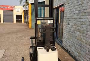 Crown 20MT Electric walkie stacker. 3.9m light height