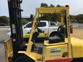 2.5T Petrol Counterbalance Forklift  - picture0' - Click to enlarge