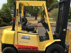 2.5T Petrol Counterbalance Forklift  - picture2' - Click to enlarge