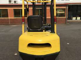 2.5T Petrol Counterbalance Forklift  - picture3' - Click to enlarge