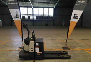 Crown PE Series Pallet Jack Jack/Lifting