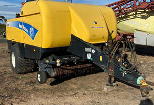 New Holland BB9080 Square Baler Hay/Forage Equip