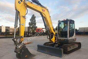 2018 WACKER NEUSON EZ80 8T EXCAVATOR WITH FULL CAB, HITCH AND BUCKETS LOW 200 HOURS