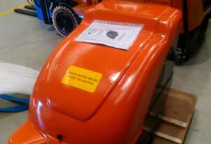 NEW NEVER USED  F10 SP500 COMPACT SWEEPER IDEAL FOR INDOOR COMPACT AREAS