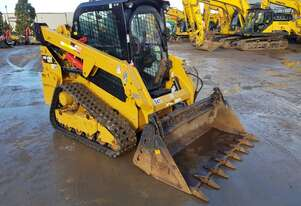 CAT 249D TRACK LOADER WITH LOW 1354 HOURS, PREMIUM SPEC AND 4 IN 1 BUCKET