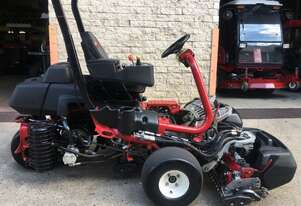 Toro Groundrunner 3320P Hybrid Turf Mower