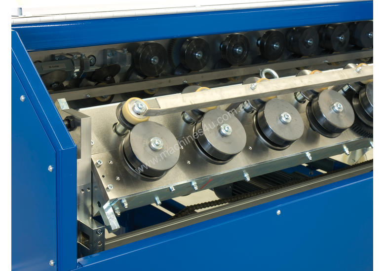 New 2019 Quadro Roll Forming Machine For The Cladding
