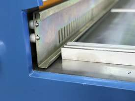 3050mm x 3.2mm Tru Cut EMS Guillotine - picture17' - Click to enlarge