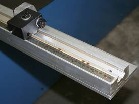 3050mm x 3.2mm Tru Cut EMS Guillotine - picture14' - Click to enlarge