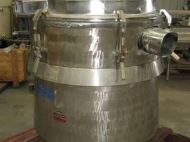 Russell Finex Vibrating screen - picture0' - Click to enlarge