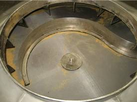 Russell Finex Vibrating screen - picture2' - Click to enlarge
