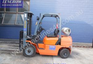 Ep 2.5T forklift for hire