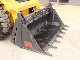 2014 CAT 242D SKID STEER LOADER - picture12' - Click to enlarge