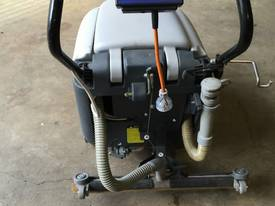 Nilfisk CA410 scrubber electric - picture2' - Click to enlarge
