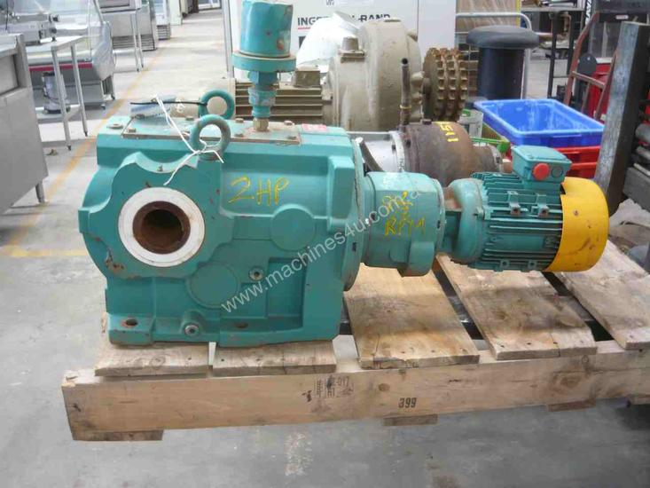 NEVER USED BROOK REDUCTION BOX MOTOR/ 8.5RPM