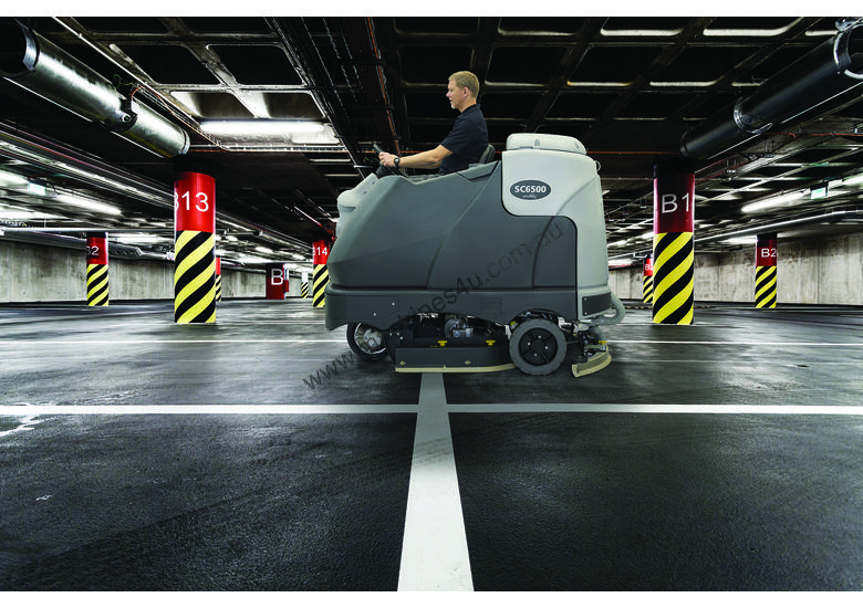 Nilfisk SC6500 ride-on Scrubber/dryer