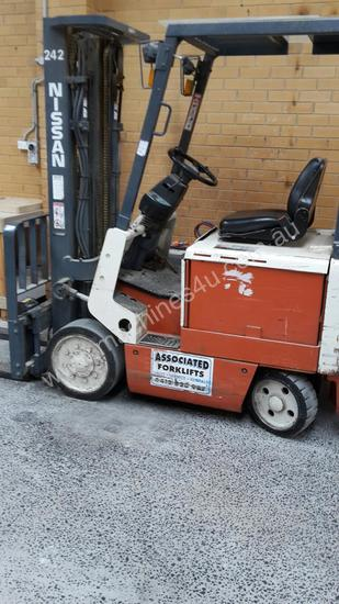 AFFORDABLE FORKLIFT