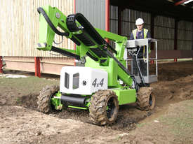 HR12 4�4 12.2m Self Propelled - compact dimensions - class-leading working envelope - picture3' - Click to enlarge