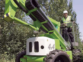 HR12 4�4 12.2m Self Propelled - picture8' - Click to enlarge