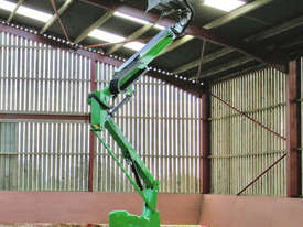 HR12 4�4 12.2m Self Propelled - picture4' - Click to enlarge