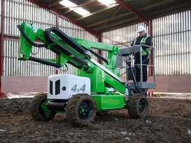 HR12 4�4 12.2m Self Propelled - picture7' - Click to enlarge