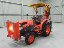 Kubota L3540D FWA Tractor - picture0' - Click to enlarge